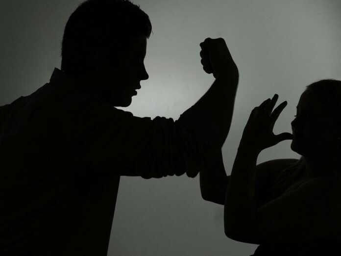 BZB_dpa Gewalt gegen Frau